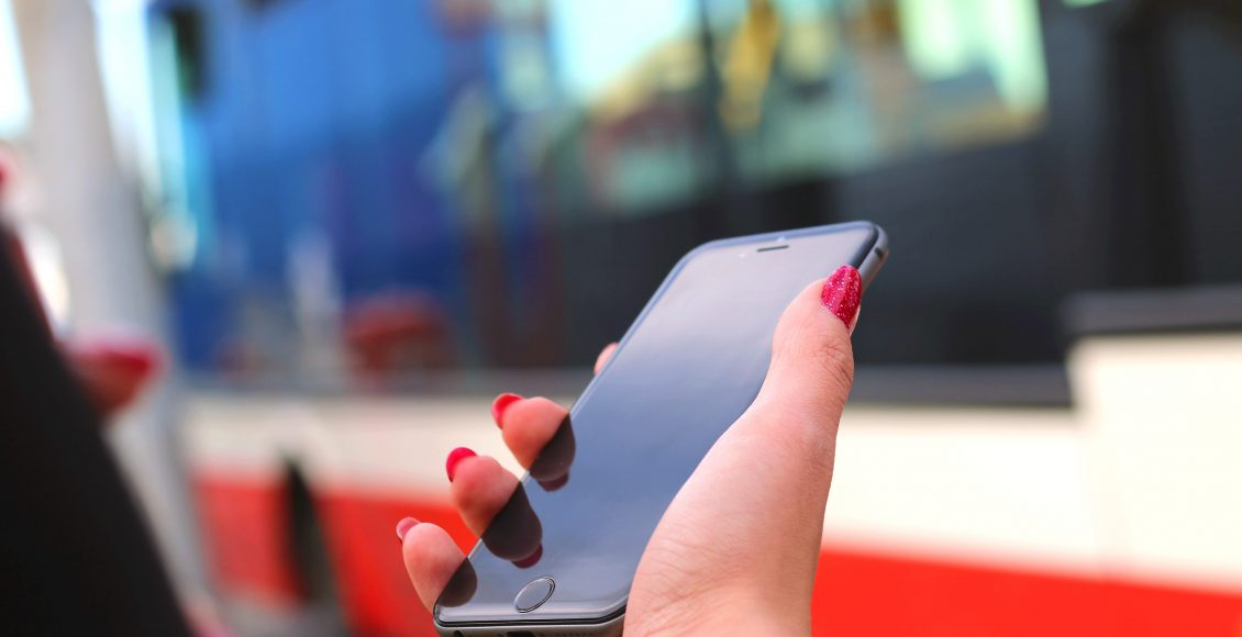 How To Conduct An Iphone Screen Repair