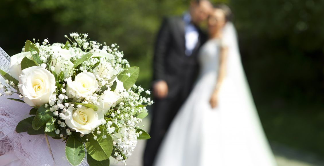 Artificial Flowers Are Good Choice For Wedding